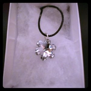 Jewelry - Diamond Crystal Clear Snowflake Necklace